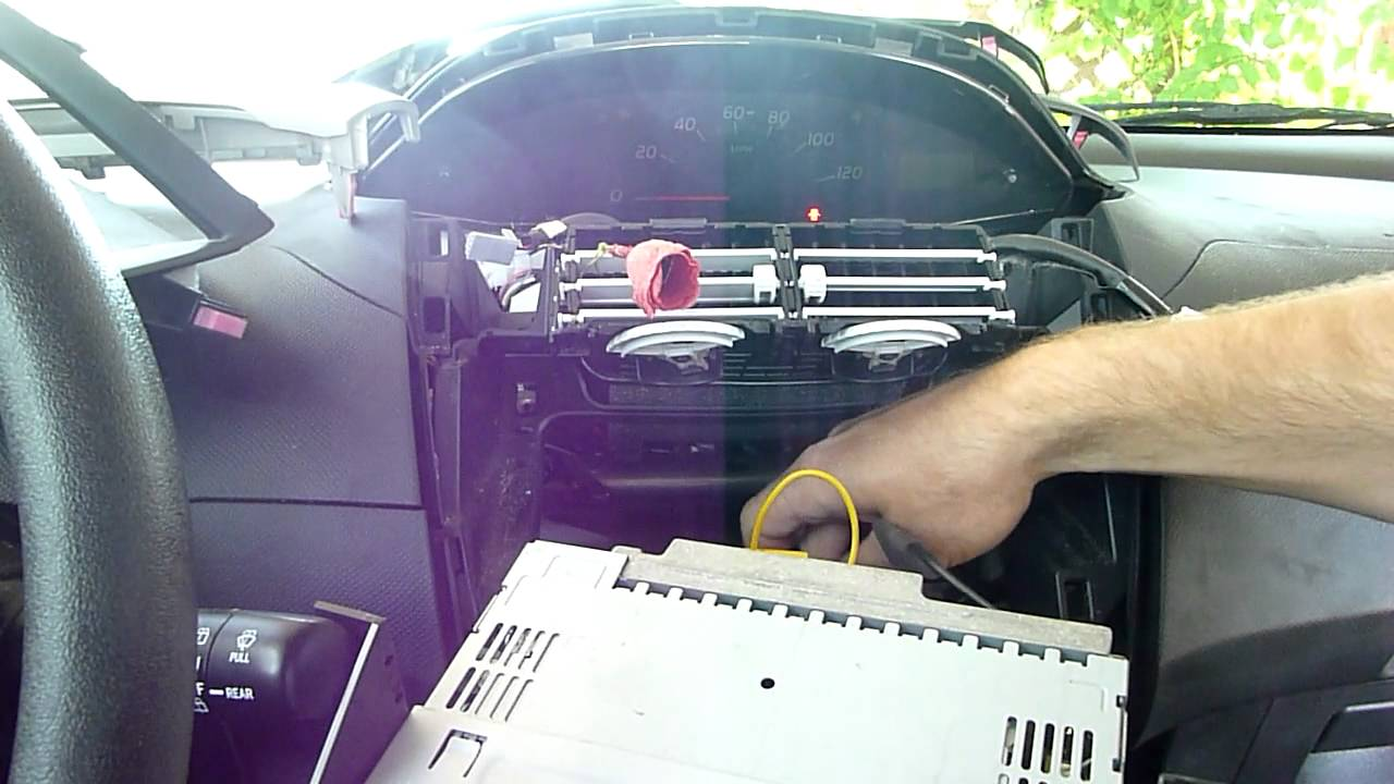 How to Install a Car Stereo Receiver (Head Unit) in 5 minutes in a Toyota Yaris HTWL  YouTube