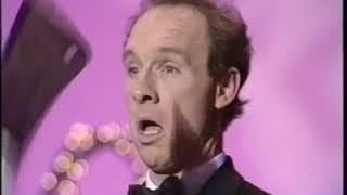 Michael Davis I The Paul Daniels Magic Show [1987]