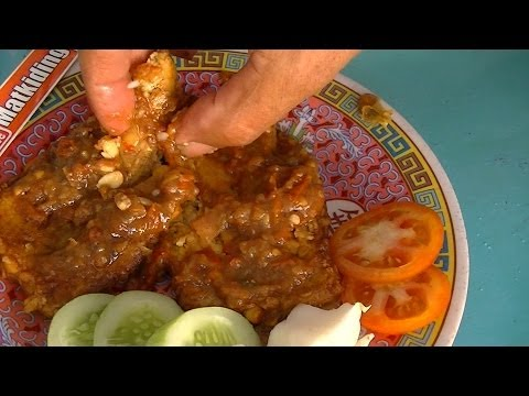 Jakarta Street Food 353 Penyet Tempeh Tempe Penyet Bunga Rampai TiVi 1915