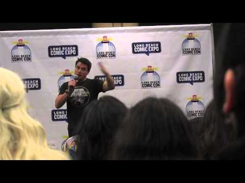 John Barrowman does  a Q & A at Long Beach Comic Con 2015!