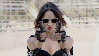 Peliculas de accion 2014 de accion - Tráiganme la cabeza de la mujer metralleta