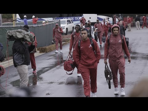 The University of Alabama: The Crimson Tide Football Team Returns to Campus