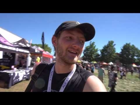 HANDING OUT FREE ICEYS: WARPED TOUR SALT LAKE CITY