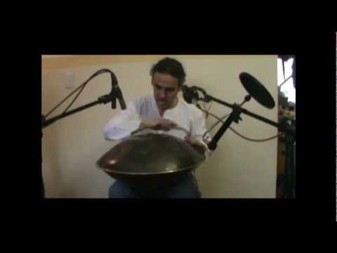 HANG - Carlos Gutierrez Gjurinovic - DESPERTARES