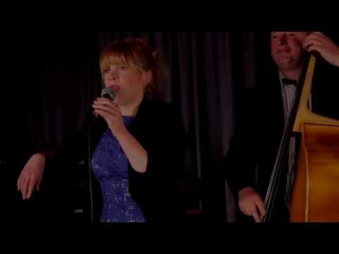 Fly Me To The Moon - Sara Oschlag Quartet