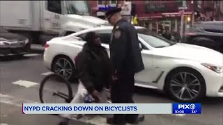 Protesters rally against NYPD crackdown on cyclists