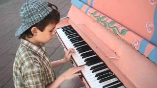 """""""Одинокий пастух"""" на пианино."""