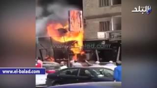 بالفيديو.. السيطرة على حريق هائل بمحل تجاري شرق الإسكندرية