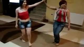 YouTube - دبكه سوريه رقص خاص م ع اليمن.mp4