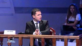 Repeat youtube video E diela shqiptare - SHIHEMI NE GJYQ: KOMUNITETI KUNDER FIRMES SE NDERTIMIT, 7 tetor 2012