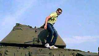 Зуя танк