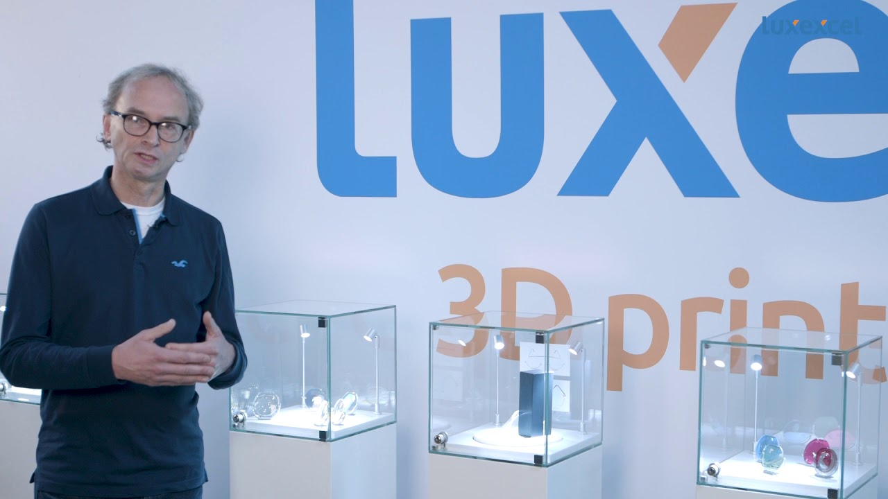Luxexcel VisionNext 2017 first ophthalmic 3D printer