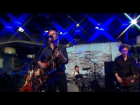 Saturday Sessions: The Lumineers perform Angela