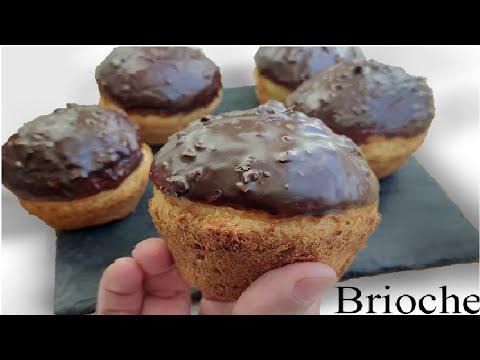 بريوش-ناعمة-مغطاة-بالشوكولاتة/brioche-moelleuse,-enrobée-au-chocolat/soft-brioche,-with-chocolate