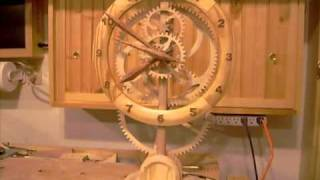 Wood Clock Running