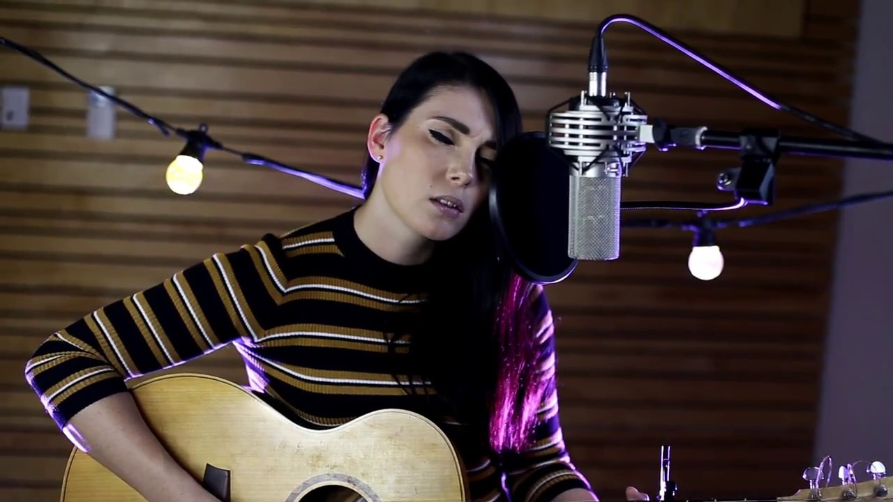 Hurt by Johnny Cash/Nine Inch Nails - Nicole Cross (Cover) - YouTube