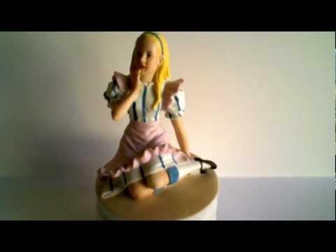 Alice in Wonderland Music Box - Plays