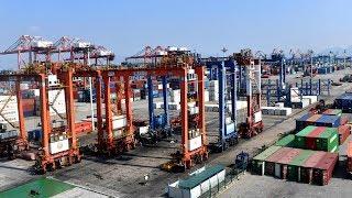Nobel Prize Laureate: US-China trade war hurts American citizens in various ways