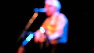Nick Lowe I knew the bride when she used to rock n roll.MP4