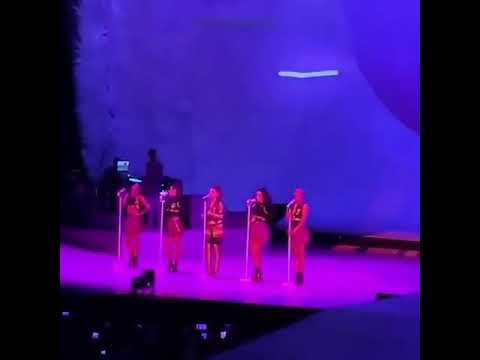 Katie Sommers Radio Network - WATCH: Ariana Grande Starts Crying While Performing In Pittsburgh