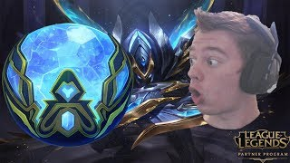 INSANE WORLDS ORB GIVE SO MUCH!!! WORLDS ORB OPENING!!! League of Legends!!!
