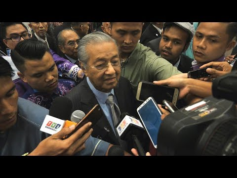 Dr M: 1MDB audit report no longer confidential, statement will be made on Ambrin