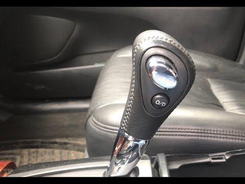 Снятие ручки АКПП в Тойота Камри XV30
