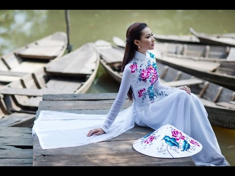 Outside Hanoi, a village of dressmakers traditional Ao Dai