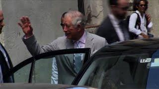 Príncipe Carlos pasea en la Habana en segundo día de visita thumbnail