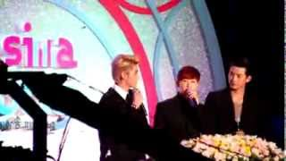 [Fancam] 131009 Asia Song Festival - EXO Kris introducing G.E.M in Cantonese