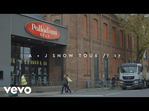 Angus & Julia Stone - Crowded House 'Four Seasons In One Day (Cover)' Ft. Clueso