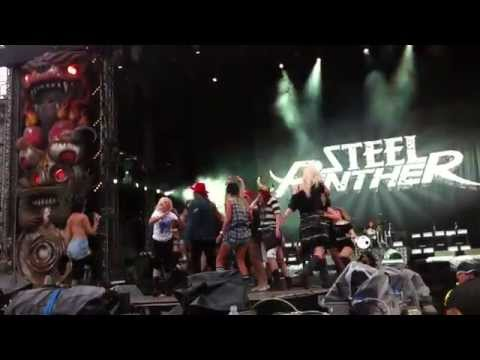 Steel Panther - 17 Girls In A Row - Download Festival 2014