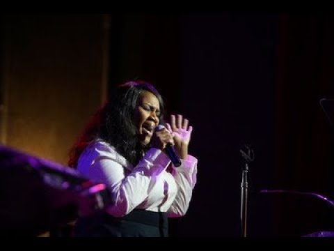 """Kelly Price   """"Somebody Love You Ba"""" Tribute To Patti LaBelle"""