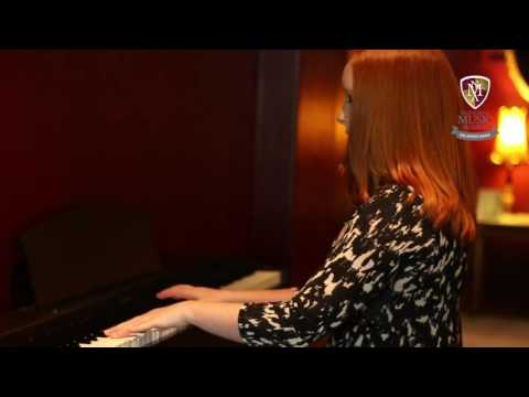 Chelsea Davis Performance