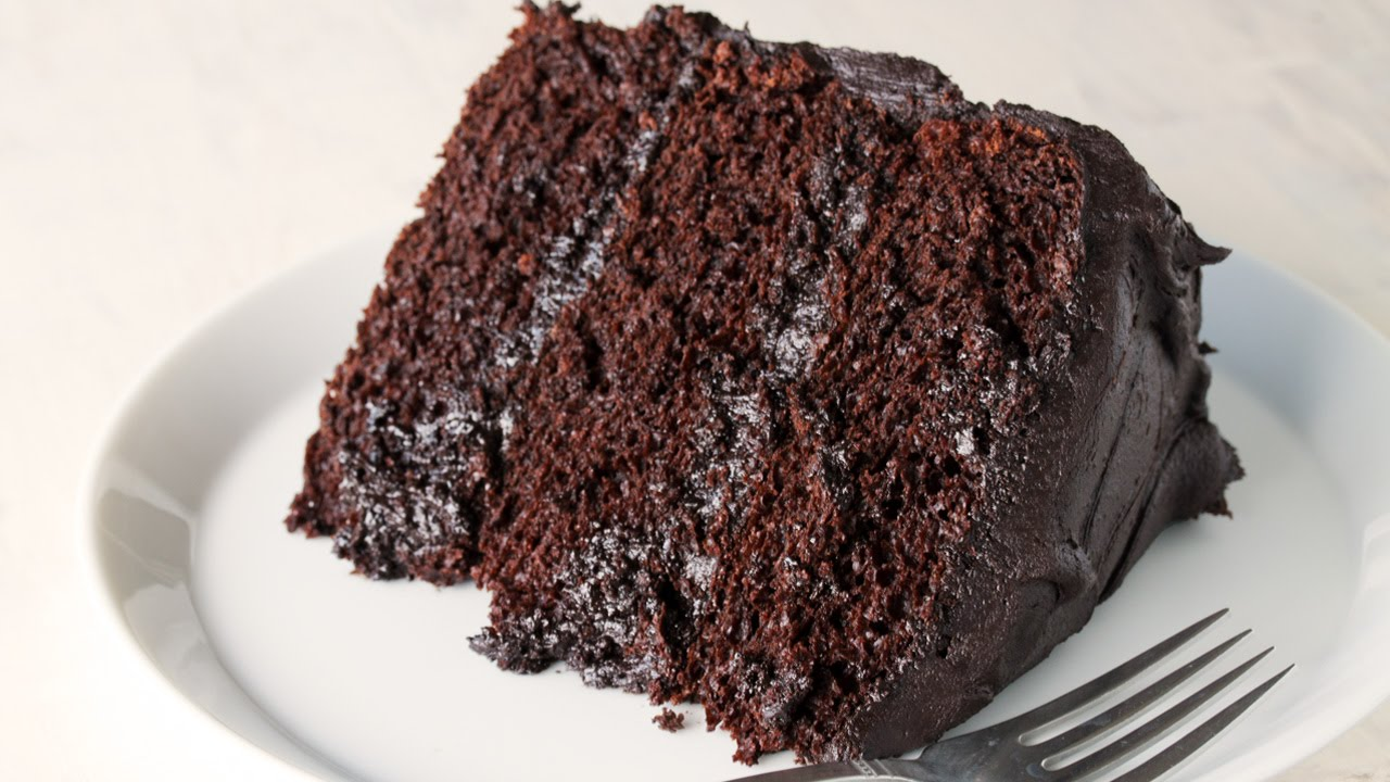 how to make the most amazing chocolate cake youtube