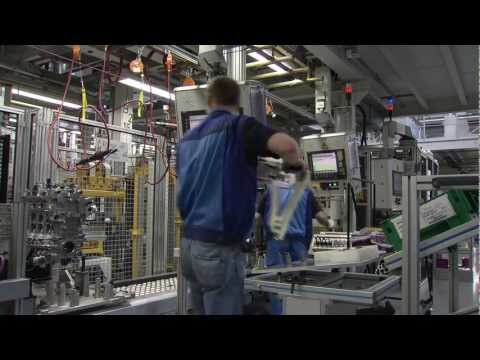 BMW N20 2 0L TwinPower Turbo Engine Assembly - YouTube