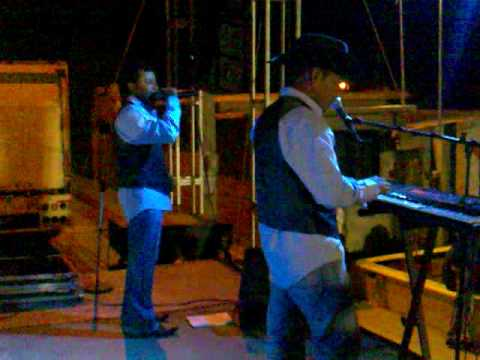 Aguila blanca grupo bandido el asalto musical song for Blanca romero grupo musical