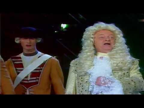 Manfred Uhlig - Auftritte in Ein Kessel Buntes 1963 - 1990 - YouTube
