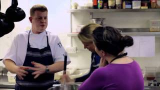 How to cook Seville marmalade steamed pudding with clotted cream  (Rodda's) Thumbnail