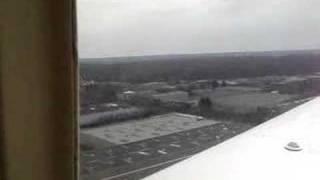Decollage d'un PA 32 Cherokee sux