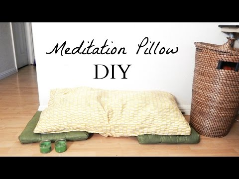 How to Make A Meditation Pillow- Easy Minimalist Home Decor DIY Idea