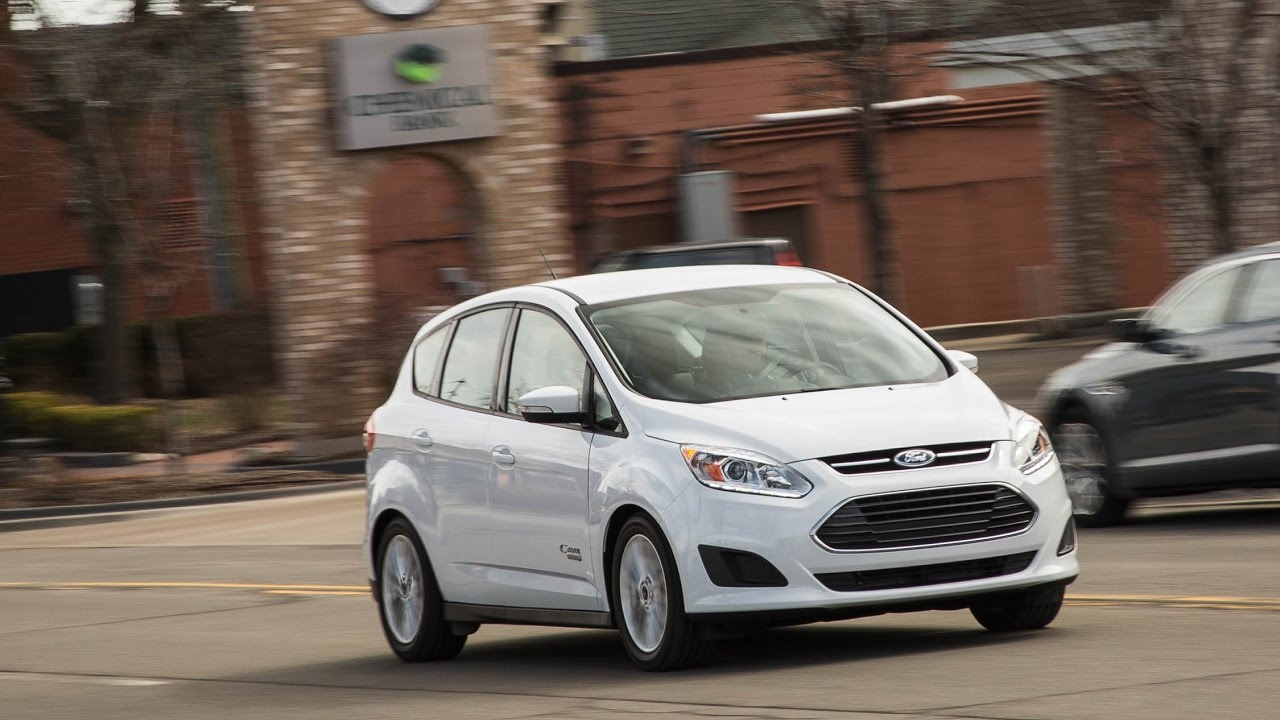 ford c max energi plug in hybrid 2017 car review youtube. Black Bedroom Furniture Sets. Home Design Ideas