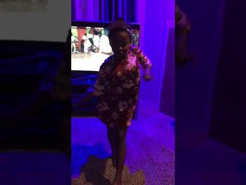10 years old Princess TemmyTee dance to Simi Owambe