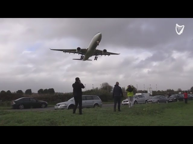 WATCH: Plane struggles to land at Dublin Airport during Hurricane Ophelia