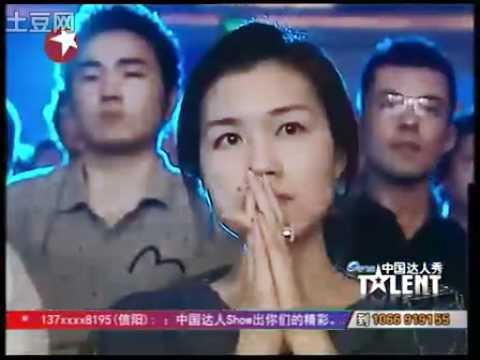 中国达人秀-断臂钢琴师刘伟震撼全场.