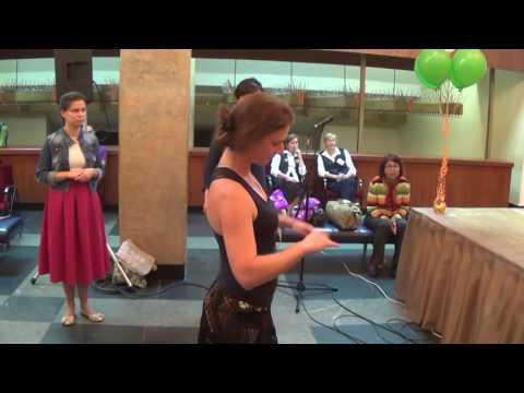 Видео: Мастер класс по танцам на Джанмаштами в ГЦКЗ Россия Лужниках 25.08.2016 г