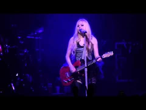 """My Happy Ending"" Avril Lavigne@Borgata Event Center Atlantic City 6/27/14"