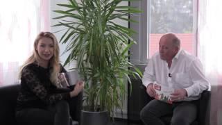 Anna Carina Woitschak im TV Interview bei Radio VHR
