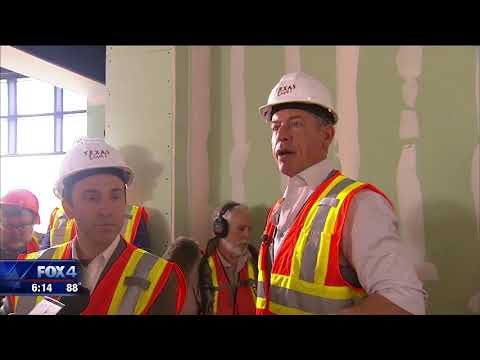 Troy Aikman to have restaurant at Texas Live!