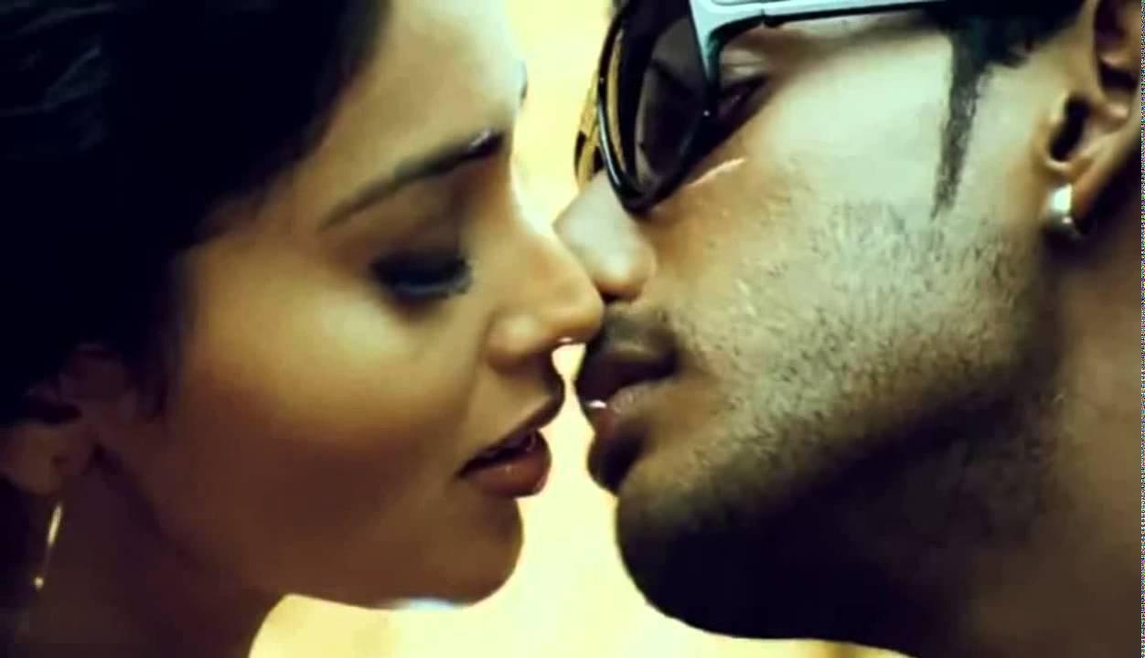 Shriya Saran Hot Kiss